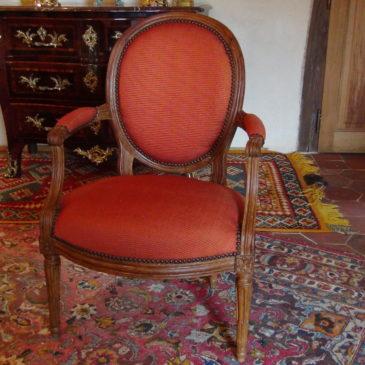Fauteuil cabriolet époque Louis XVI estampillé