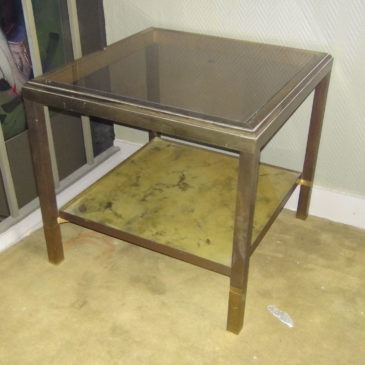 Table laiton vers 1970