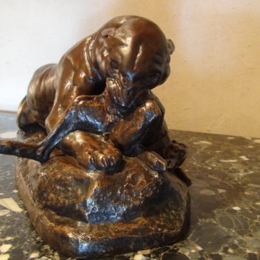 """Bronze de Barye """"Jaguar dévorant un lièvre"""""""